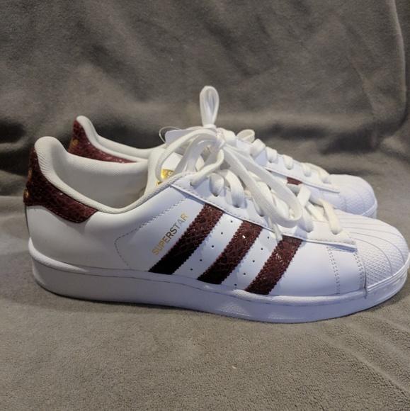 92fedeea4463 New Adidas Superstar Burgundy Snake stripes 9.5 11